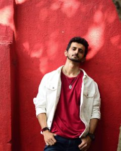 Read more about the article Acash Shetty-Confessions of a Dancer