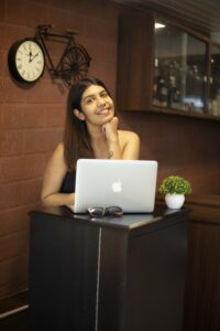 Read more about the article Vishakha Mota: Humanizing Brands