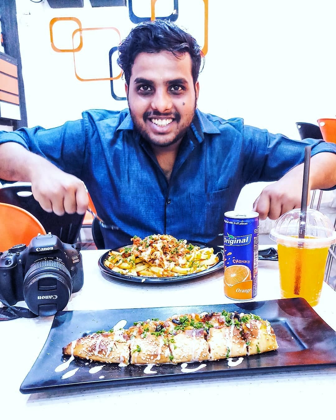 Read more about the article Vaibhav Tejrana: The Flavours Of Indian Street Food
