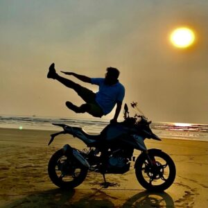 Read more about the article Ashish Kumar : Around The Country on Two-wheels