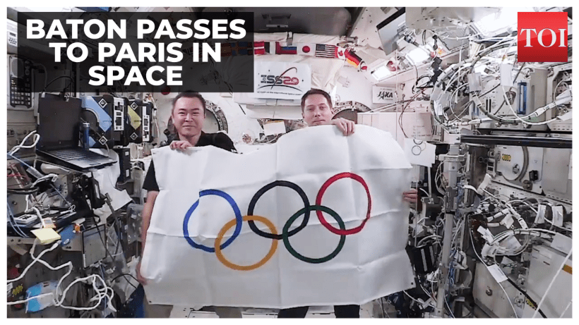Olympic Baton passed in space by Japanese and French astronaut