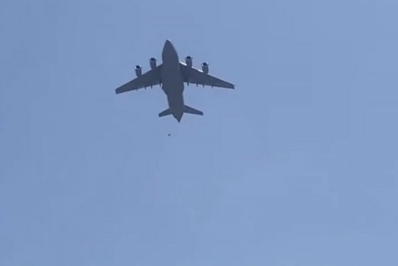 Afghans Cling To USA Plane During Its Take-Off